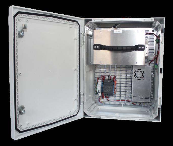 Coffret ouvert POWERBOX d'alimentations autonomes par VDSYS
